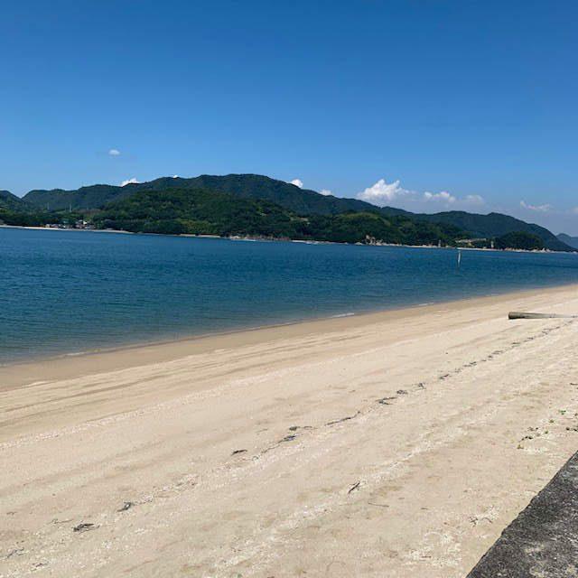 弓削の砂浜